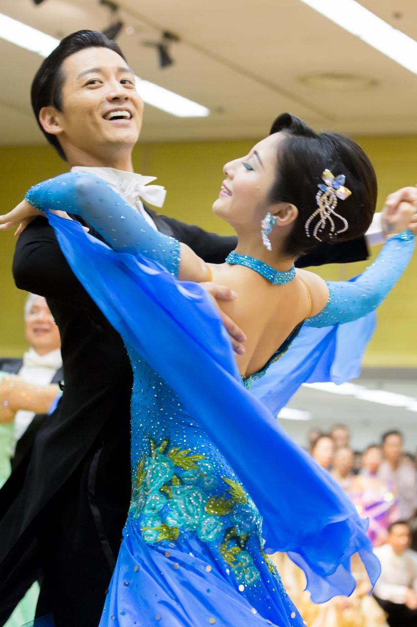 社交ダンスの画像